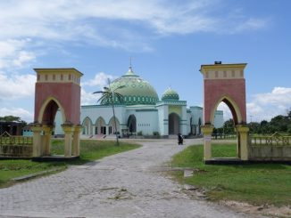 Masjid di Masohi, Maluku Tengah