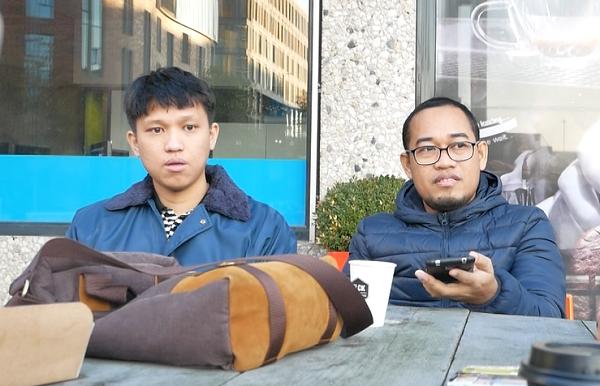 Ahmad Dzulfikar (kanan), Mahasiswa PhD Ilmu Komunikasi Fakultas Ilmu Sosial Vrije Universiteit Amsterdam (VU) di Amsterdam, Belanda