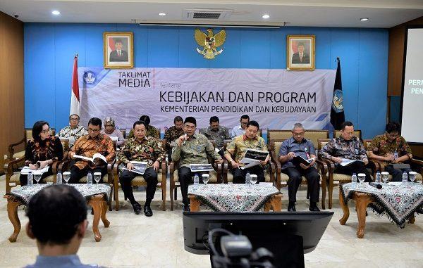 Stop Praktik Jual Beli Kursi atau Titipan PPDB 2019