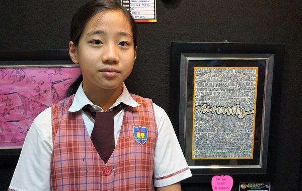 """Siswi SD PENABUR Ini Hasilkan Karya Lukis Menyentuh """"Diversity"""""""
