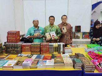 Buku-buku Indonesia Laku Keras di Pesta Buku Brunei 2019