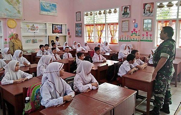 900 Tentara di Daerah 3T Bakal Jadi Guru di Sekolah