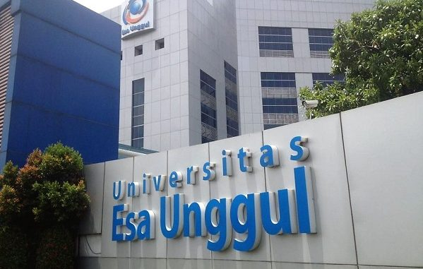 Kampus Universitas Esa Unggul