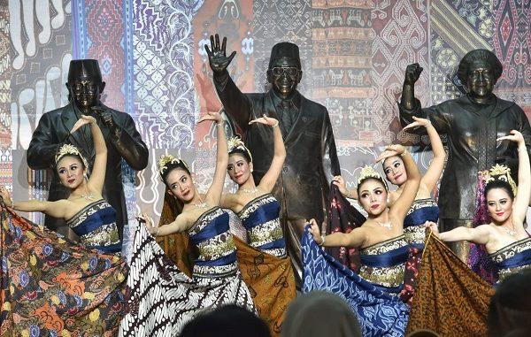 Festival Wastra Nusantara 2019