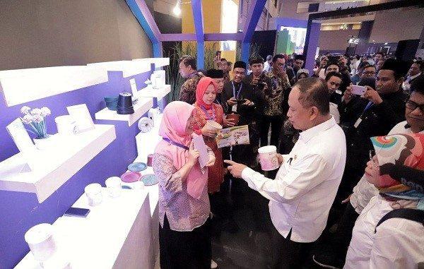 Menteri Riset, Teknologi, dan Pendidikan Tinggi, Mohamad Nasir menghadiri Indonesia Startup Summit (ISS) 2019 di Jakarta International Expo