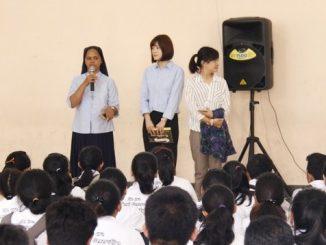 Guru asing SMAK Cor Jesu Malang, Jawa Timur