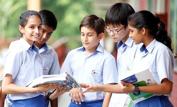 Para pelajar SMA di Singapura
