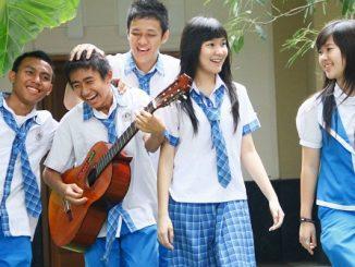 SMA Katolik ST Louis 1 Surabaya