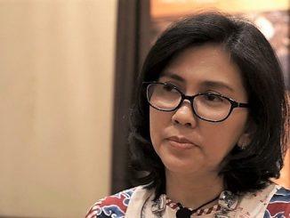 Koordinator Tim Beasiswa Nuffic Neso Indonesia, Indy Hardono di acara Welcoming Session StuNed Master Awardees 2019