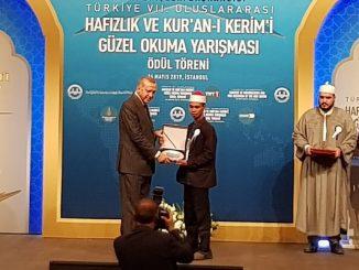 Syamsuri Firdaus dan Presiden Turki, Y.M. Recep Tayyip Erdoğan
