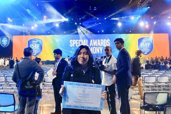 Michaela Samanta, Pelajar SMAK PENABUR Gading Serpong