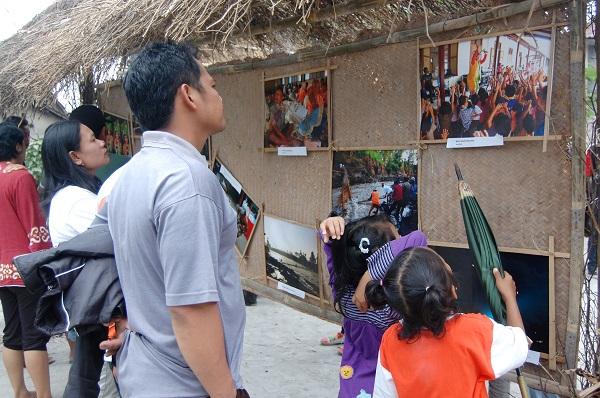 Pameran Foto di Festival Lima Gunung