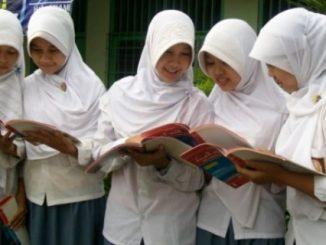 Ilustrasi: Siswi Madrasah (Ist.)