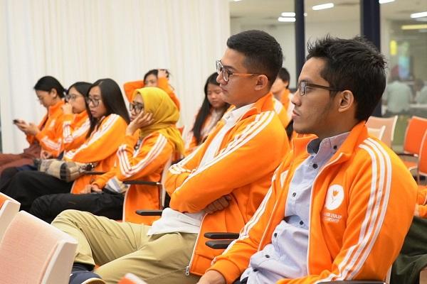 Awardees Orange Tulip Scholarship (OTS) 2019-2020 di acara Orange Tulip Scholarship Awardees Gathering