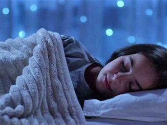 Cuaca dingin di malam hari saat musim kemarau