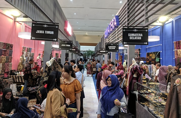 Pameran Karya Kreatif Indonesia (KKI) 2019 di Exhibition Hall A, Jakarta Convention Center, 12-14 Juli 2019