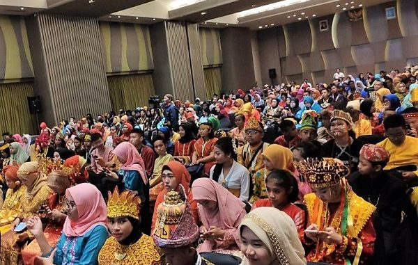Penutupan FLS Jenjang SMP 2019