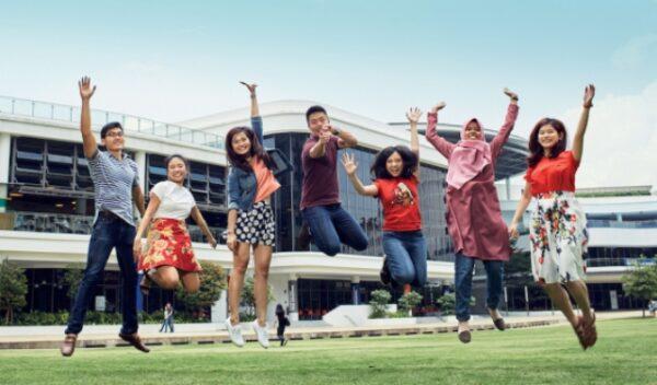 Cek Universitas Terbaik di Asia