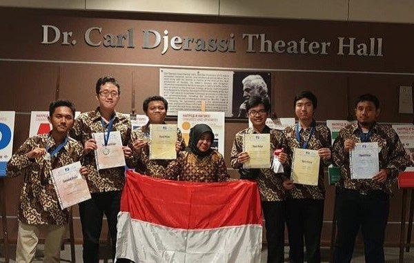Delegasi Indonesia di International Mathematics Competition (IMC) 2019 di Bulgaria