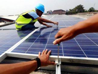Pemasangan Solar Panel