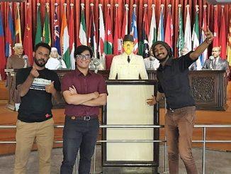 Pemuda Afrika di Museum Konferensi Asia Afrika (MKAA) di Bandung, Sabtu (24/8