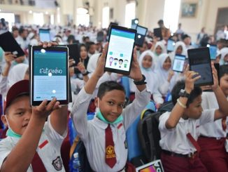 Peluncuran program digitalisasi sekolah di Gedung Srindit Ranai, Kabupaten Natuna, Kepulauan Riau, Rabu, 18 September 2019