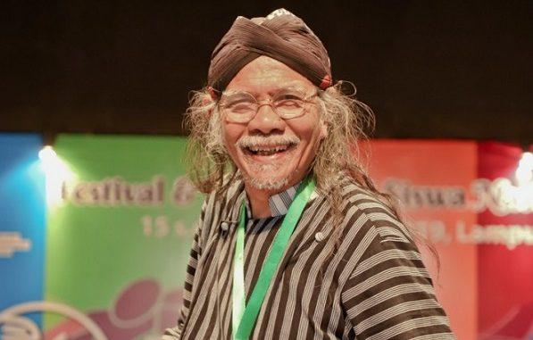 Penyair dan juri Festival dan Lomba Seni Siswa Nasional (FLS2N) 2019 tingkat SMA, Jose Rizal Manua