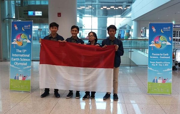 Tim IESO 2019 Indonesia di 13rd International Earth Science Olympiad (IESO) di Daegu, Korsel