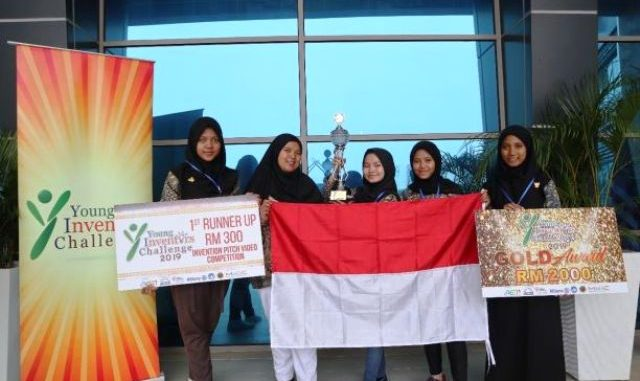 Tim Indonesia dalam ajang Young Inventors Challenge (YIC)