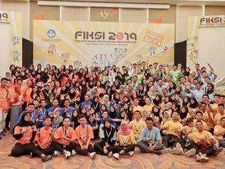 Peserta Festival Inovasi dan Kewirausahaan Siswa Indonesia (FIKSI) SMA 2019 di Bandung, 1-5 Oktober 2019