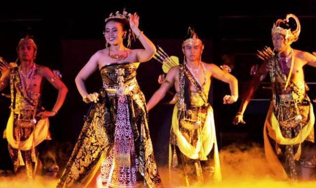 Salah satu tarian dalam pembukaan Pekan Kebudayaan Nasional 2019 (Dok. Kemendikbud)
