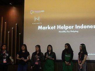 Para peserta UPH Startup Competition mempresentasikan ide bisnis mereka di depan para juri sebelum penilaian akhir kompetisi
