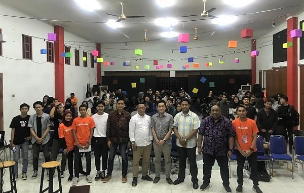 "Para narasumber dan peserta seminar bertajuk ""A Story to Start a Start-up"" di Aula Plaza STIKOM InterStudi, Jalan Wijaya II, Kebayoran Baru, Jakarta Selatan"