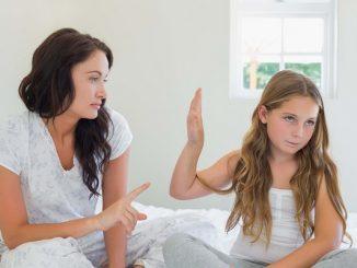 Anak Memberontak Melawan Orangtua