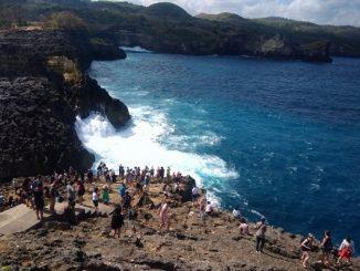 Para traveler di Angelle Bilabong di Pulau Penida, Bali