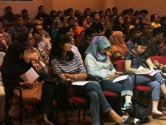 Peserta Holland Scholarship Day (HSD) 2004 di Jakarta