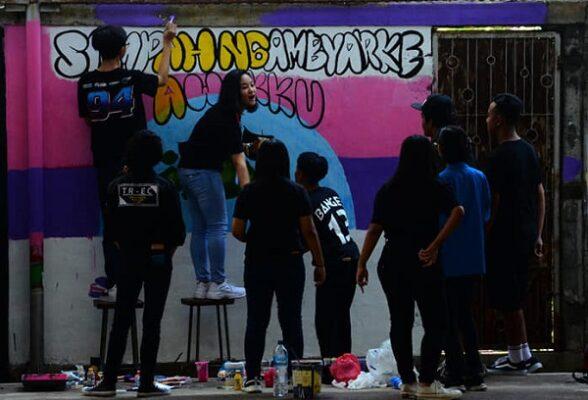 Kegiatan mural menyemarakkan Tarakanita Action Days 2020