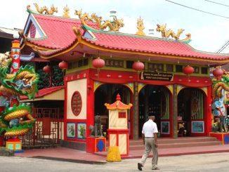 Vihara Tri Dharma Bumi Raya Singkawang, klenteng terbesar di Singkawang. (kalderanews.com/y.prayogo)