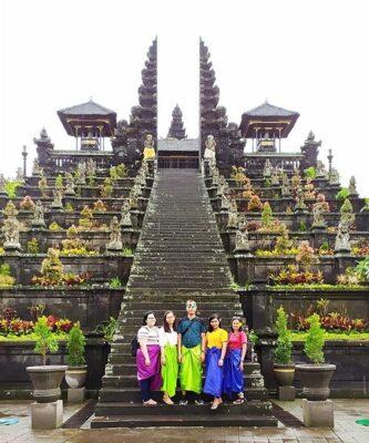 KalderaNews di Pura Besakih Bali