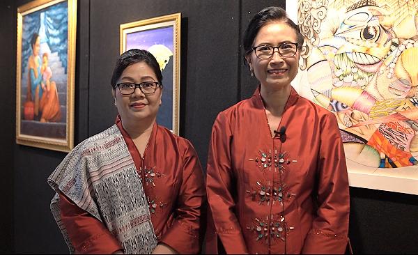 Kepala Divisi Pendidikan Jenjang SMP BPK PENABUR Jakarta, Ieke Poelihawati (kanan) dan Ketua Panitia Art Performance Citraloka Nusantara, Ester Junianti
