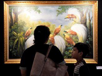 Pengunjung Pameran Lukisan Art Performance Citraloka Nusantara, PENABUR Kelapa Gading International School, Sabtu, 8 Februari 2020