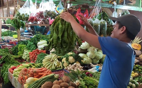 """Pasar tradisional """"Fresh Market"""" Cikunir, Jatibening, Bekasi, Jawa Barat, Kamis, 19 Maret 2020"""