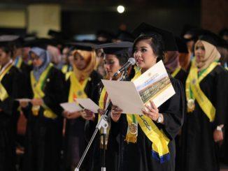 Wisuda di Universitas Gadjah Mada (UGM) Yogyakarta