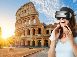 Ilustrasi: Meskipun di rumah saja tetap bisa jalan-jalan dengan virtual traveling. (Ist.)