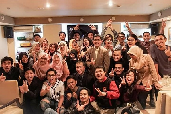 Widya Priyahita Pudjibudojo mengikuti forum dskusi bulanan di Moscow bersama mahasiswa asal Indonesia