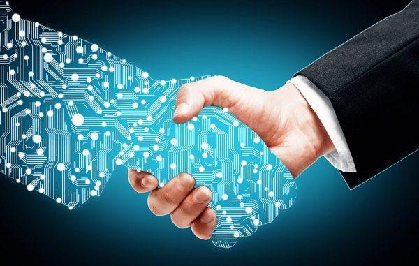 Ekonomi Digital: Interaksi ekonomi ke depan adalah less contact economy. Tidak contact free, tapi less contact economy