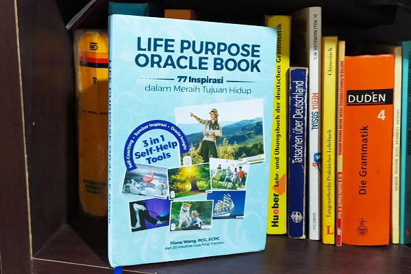 Buku Life Purpose Oracle Book 77 Inspirasi dalam Meraih Tujuan Hidup