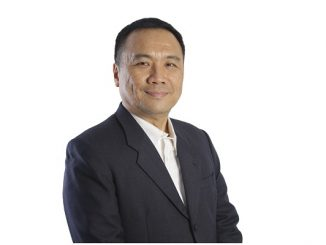 Deputy Head of Master of IT Program di Swiss German University, Charles Lim