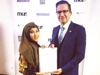 Nurul Sa'adah, atlet cricket perempuan Indonesia terpilih menjadi ambassador atau duta Sport Management University Leipzig Jerman. (Ist.)
