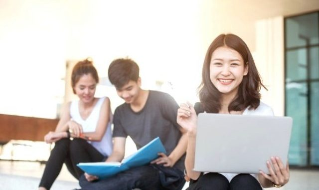 Ilustrasi: 8 kebiasaan mahasiswa luar negeri yang bisa ditiru. (KalderaNews.com/Ist.)